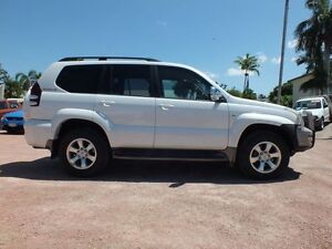 2006 Toyota Landcruiser Prado GRJ120R VX Crystal Pearl 5 Speed Automatic Wagon Rosslea Townsville City Preview