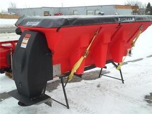 Ependeuse Saleuse Pelle pour camion / Salt Spreader Truck  Plow