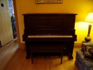 Piano à vendre / Piano for sale