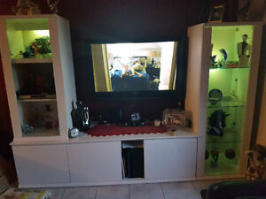 Belle étangère, meuble de télé, tv , laqué blanc