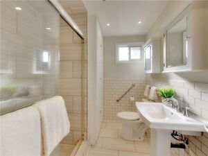 This Renovated Bungalow Is Perfect For A Young Family. Oakville / Halton Region Toronto (GTA) image 7