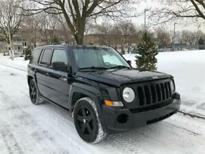 2010 JEEP PATRIOT NORTH , AUTOMATIQUE , 4 CYLINDRE, TOUTE EQUIPE