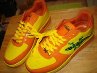 Men's Leather Sneakers (Size 10)