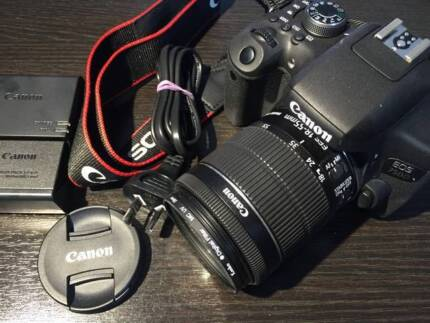 ALMOST BRAND NEW CANON 750D 18-55mm IS STM