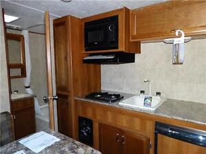 Couples RV! CLEARING 2016 MODELS! Kitchener / Waterloo Kitchener Area image 5