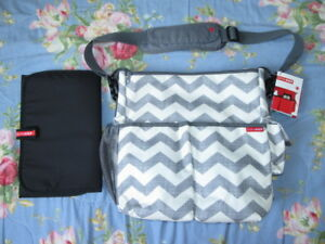 SKIP HOP Designer Diaper Bag ~NEW + TAGS $85 Retail!!!