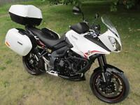 Triumph TIGER 1050 SPORT TOURING ADVENTURE MOTORCYCLE