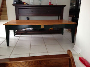 Wooden coffee table and 2 matching end tables