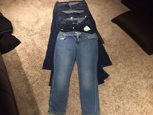 5 Pairs of size 20 Old Navy blue jeans