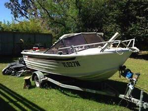 Quintrex Bay Runner  1997  4.6m  in Very Good Condition Fyshwick South Canberra Preview
