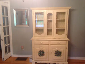 Solid Wood Hutch - Beautifully built, Fantastic condition