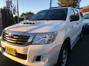2014 Toyota Hilux KUN26R MY14 SR (4x4) White 5 Speed Automatic Dual Cab Pick-up Waratah Newcastle Area Preview