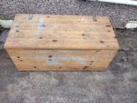 Pine toy box blanket box
