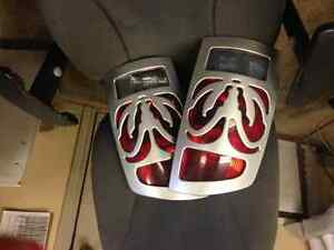 2002 DODGE TAIL LAMPS ****WITH DODGE EMBLEMS L&R