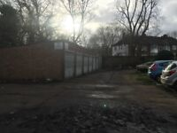 TO LET A GARAGE IN A SECURE GATED YARD A MINUTE AWAY FROM THE M1;A1;A41