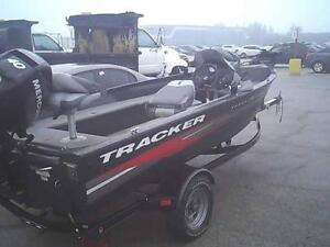 2011 TRACKER PRO GUIDE 16VSC - AFFORDABLE FISHING PACKAGE!