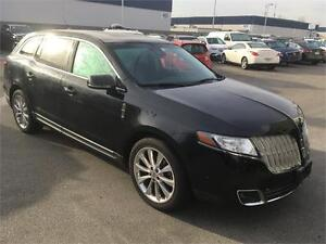 2011 Lincoln MKT Black on black every option NAV DVD roof low km