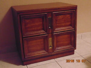Bedside table with 2 drawers/chest of drawers