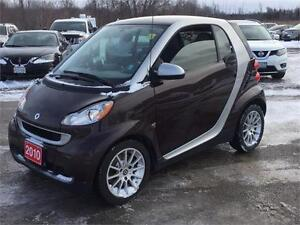 2010 Smart fortwo Pure Clean Carproof Panaromic Roof Auto A/C