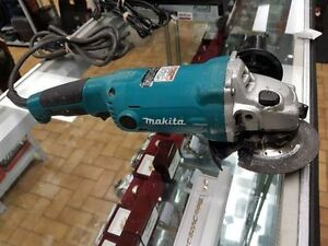 GRINDER MAKITA GA5010 POUR SEULEMENT 69.95$$$