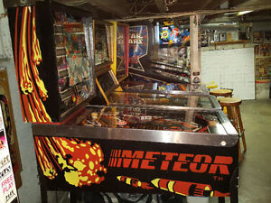 STERN METEOR PINBALL MACHINE FOR SALE London Ontario image 6