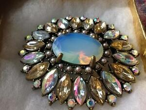 MUST SEE GENUINE  OPAL GEMSTONE BIG  BROOCH !! DONT MISS !!!