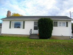 New Price Private Sale Bungalow with Double Garage near Hospital