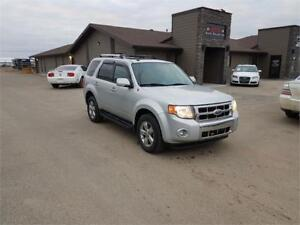 2009 Ford Escape Limited 4WD *FULLY LOADED,NEW TIRES,WINTER RDY*