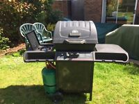 GAS BARBECUE WITH GAS HOB
