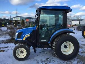 TRACTEUR NEW HOLLAND 3045 , BOOMER 3045