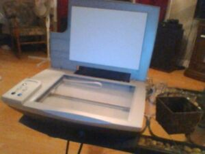 dDell demention desk top  with keyboard mouse and a acer flat sc