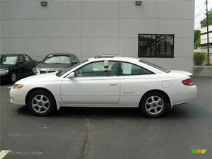 TOYOTA SOLARA CAMRY COUPE GORGEOUS LEATHER!! (16,647 kms/yr)
