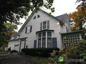 500 000$ - Maison 2 étages à vendre à Sherbrooke