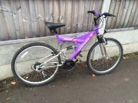 LADY'S MOUNTAIN BIKE WITH SUSPENSION