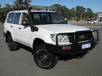 2006 Toyota Landcruiser HZJ105R Standard White 5 Speed Manual Wagon Maddington Gosnells Area Preview