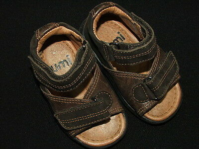 UMI infant baby sandals EUC boys 19 infant toddler shoes (Infant Boys Umi Shoes)
