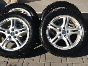 "Staggered winter tires with Hyundai rims p225/50r  p225/55r 17"" Cambridge Kitchener Area image 1"