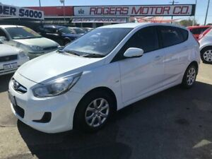 2011 Hyundai Accent RB Active White 5 Speed Manual Hatchback Victoria Park Victoria Park Area Preview