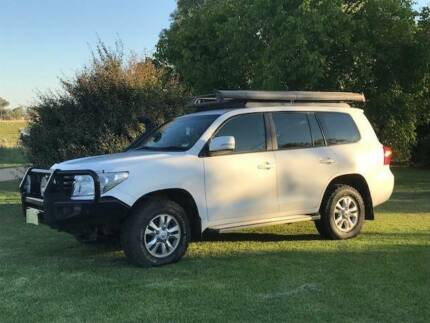 Toyota Landcruiser GXL 200 series Wagga Wagga Wagga Wagga City Preview