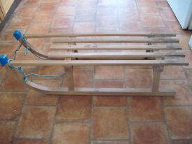 Traditional wooden sledge/toboggan