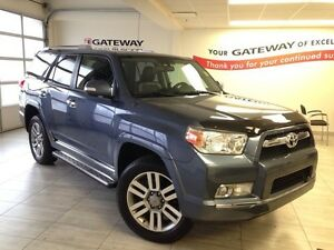 2010 Toyota 4Runner SR5 V6 4dr 4x4- Leather and Sunroof!