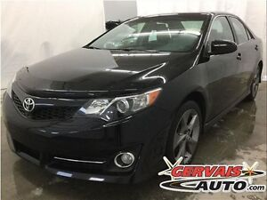 Toyota Camry SE Navigation Toit Ouvrant MAGS 2014