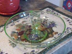 Lovely Vintage Green Depression Glass Handled Round Fruit Bowl
