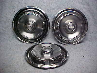 Ford Hubcaps for sale | Only 3 left at -65%