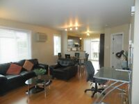 Appartement meublé et tout compris a louer Chomedey Laval