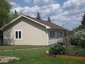 ESTEVAN - 534 2nd St - 2 Bedroom House for Rent Nov 1st