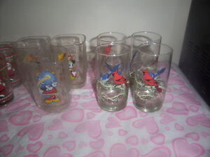 vintage jug and glasses set. Kingston Kingston Area image 5