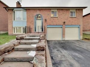 Ajax 3 Bed, 2 Bath Home, 2 Car Garage!