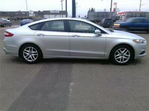 2014 Ford Fusion SE LIKE NEW! VERY CLEAN! FINANCING AVAILABLE!! Edmonton Edmonton Area image 6