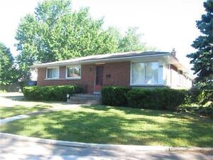 ** Large Bungalow for rent near Glenridge Ave**